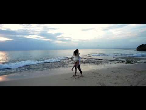 Varawedding // Johnny & Allyssa // Ayana Resort Bali