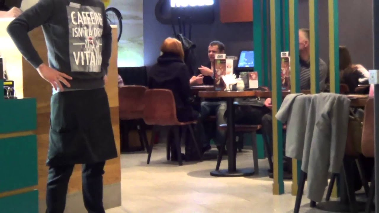 пикап симпотяжки в кафе