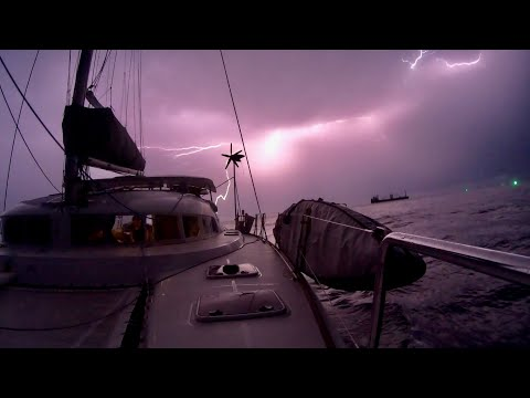 LIGHTNING STORMS & SQUALLS in the STRAITS of MALACCA...