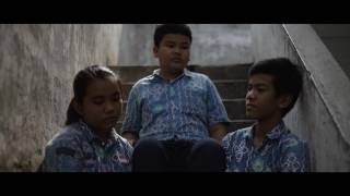 "FPS (Filmmaker Pelajar SMPN2) Medan ""Penasaran"" Schene : Lem setan"