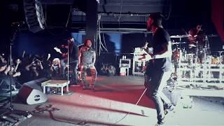Смотреть клип Sevendust - Black