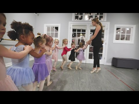 Bloom Dance Studio - Welcome (in Omaha and Elkhorn Nebraska)