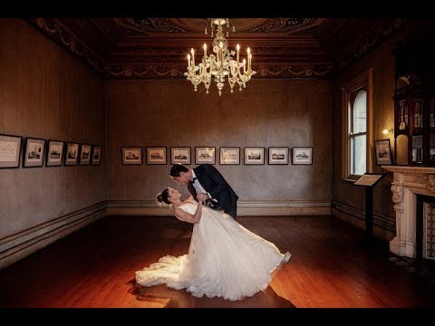 Godox: Wow Wedding Images Made Easy with Ashley Karakatsanis (Using Godox V1&AD200Pro)