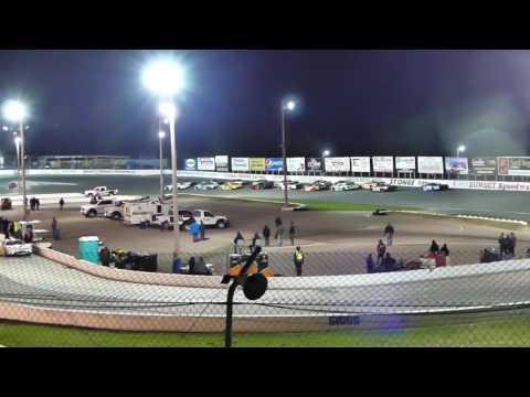 2nd feature, LLM, Sunset Speedway April 29, 2017