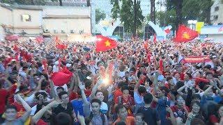 Video Thủ tướng tặng Bằng khen và đề nghị tặng Huân chương cho Đội tuyển U23 Việt Nam download MP3, 3GP, MP4, WEBM, AVI, FLV April 2018