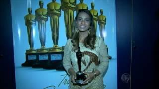 Deputada Tia Eron (PRB-BA) é homenageada com troféu Raça Negra