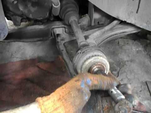 Замена передних амортизаторов Opel Vectra A