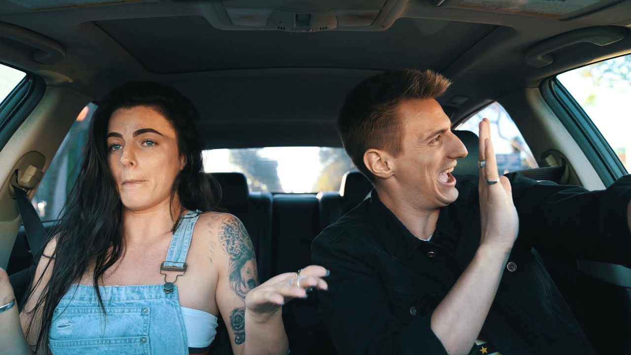 carpool-karaoke-rapping-while-driving-funny