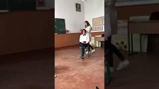 Сценка «урок в школі» , 9 клас, або «внутрішній голос вчителя»