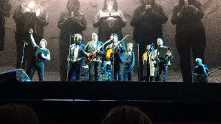 U2 Mothers Of The Disappeared w/ Eddie Vedder & Mumford & Sons, Seattle 2017-05-14 - U2gigs.com