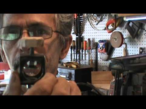 DIY lathe sharpening jig by Al Furtado