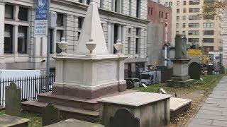 Alexander Hamilton And Eliza Schuyler Hamilton Grave Sites - Trinity Churchyard Cemetery, New York
