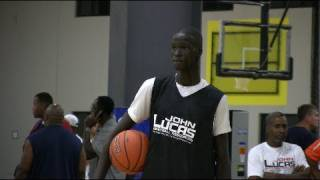 7 foot 8th grader thon maker best 14 year old in the world middleschoolhoops com