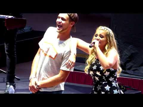 """Lauren Alaina """"Next Boyfriend - Dillon"""" 8/1/17 Red Rocks Amphitheatre - Morrison, CO"""