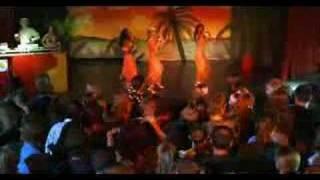 Annemarie Warnkross - Pura Vida Ibiza