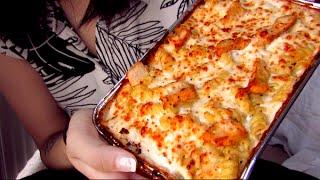 ASMR (Close Up Binaural) - Pizza Hut Tuscani Chicken Alfredo Pasta