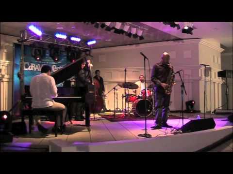 Miguel Zenon presents Caravana Cultural - Tribute to Miles Davis (Joshua)