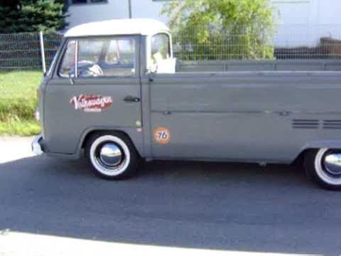 old volkswagen truck. old volkswagen truck o