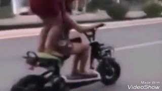 Video Video lucu naik sepeda dan motor jatuh versi bahasa jawa. download MP3, 3GP, MP4, WEBM, AVI, FLV Oktober 2018