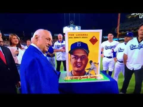 Dodgers sing 90th Happy Birthday to Tommy Lasorda