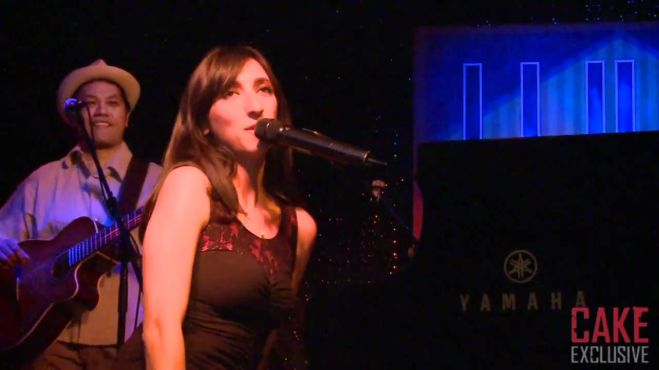 Cake Exclusive: Florence K Live @ Lula Lounge