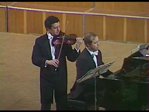 Vladimir Spivakov plays Bach and Beethoven - video 1982