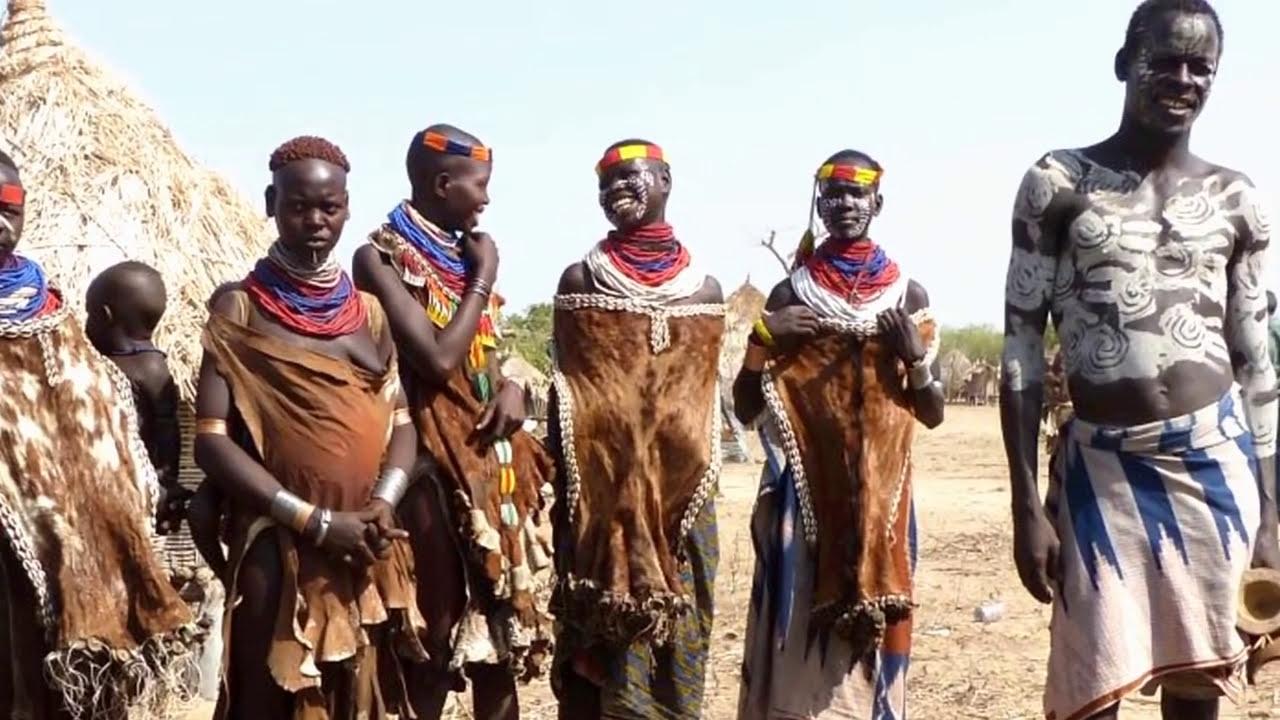 Ethiopia - Karo tribe village visit