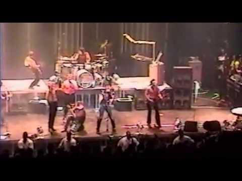 [18] Rammstein, Ramones and The Misfits - Pet Sematary (Hammerstein 18-07-2001), New York, USA