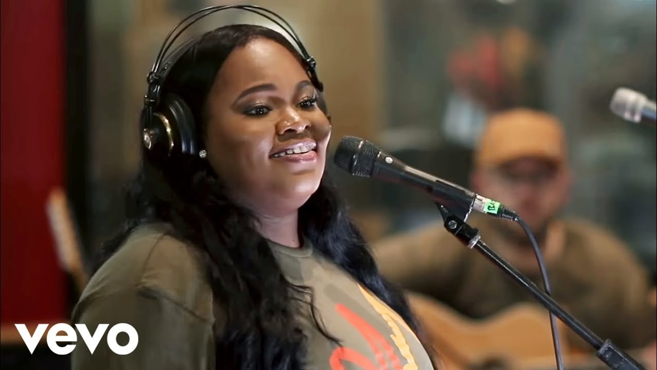 Tasha Cobbs Leonard Gracefully Broken Youtube