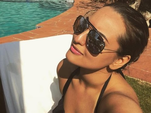OMG Watch Sonakshi Sinha's New Hot Bikini Avatar !! - YouTube