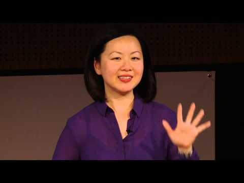 The courage to change: From worker bee to making a bigger difference | Wei-Li Wong | TEDxDocklands