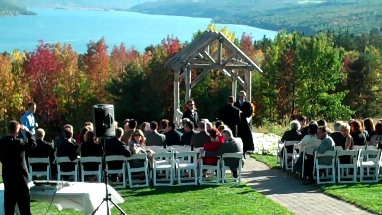 Fall Weddings At Bristol Harbour