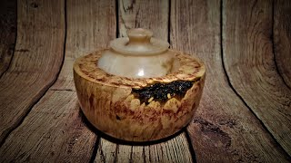 How to turn Alabaster lid and Maple burl hollow form!