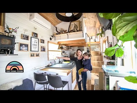 Family Of 3 Lives Tiny To Spend More Time Together - Gorgeous Tiny Home Tour