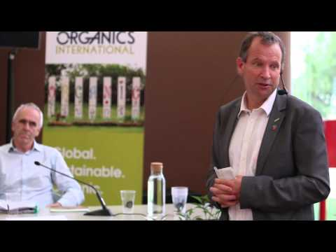 Organic Week - Day 2: Feeding the planet sustainably or not at all! Part 1 - 4 september 2015