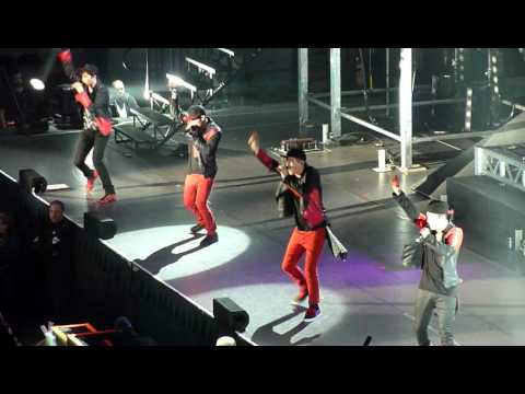 Big Time Rush singing Superstar live @ Agganis Arena Boston MA March 3, 2012