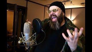 Стало известно, какую песню для своего лейбла Фадеев спел женским голосом