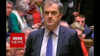 Government survives no confidence motion - BBC News