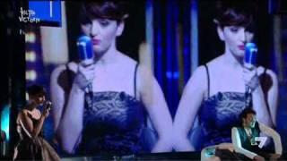 VICTOR VICTORIA - Arisa canta 'Pop Porno' de Il Genio