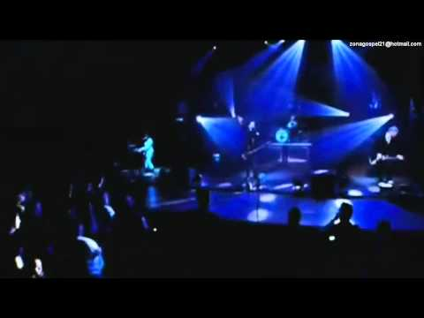 Skillet - Comatose (iTunes Session Video HD) Lyrics