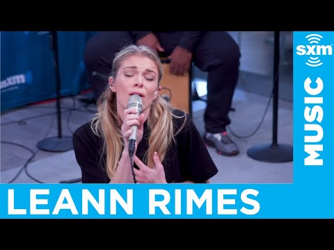 LeAnn Rimes performs Bruce Springsteen cover 'Secret Garden' at SiriusXM
