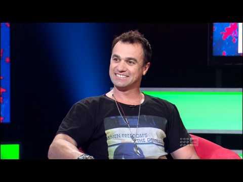 Shannon Noll on *Australia's Funniest Home Videos* 19.11.11