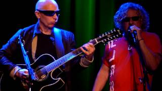 "Sammy Hagar w/ Pat Monahan & Joe Satriani performing ""Something Going Wrong"" live @ the Fillmore"