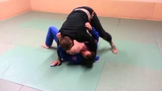 brabo choke from knee on belly