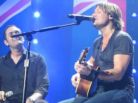 Keith Urban and Darren Percival   - I Still Call Australia Home  ( Peter Allen Cover )