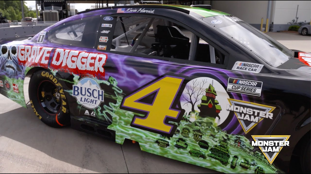 Kevin Harvick gets a history lesson on Grave Digger