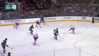 Radek Faksa Rides the Boards to Avoid Hit, Nets Sharp
