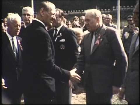 Kong Frederik på besøg hos skytterne - Landsstævne 1961 i Vingsted Vejle