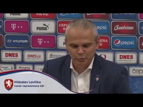 Trenér reprezentace do 21 let Vítězslav Lavička na tiskové konferenci po kvalifikaci ME 2017