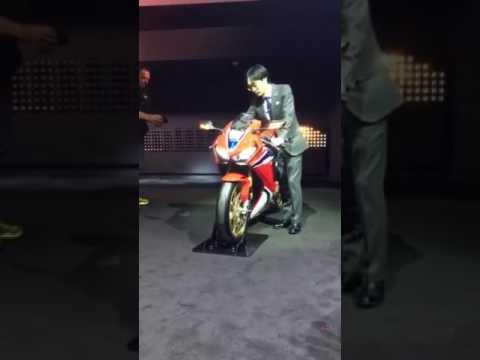 Honda Fireblade SP 2017 Sound